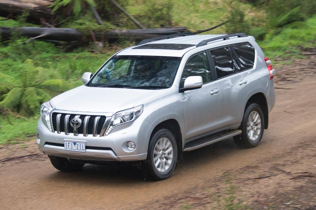 Toyota Landcruiser Prado V Ford Everest 2015 Comparison
