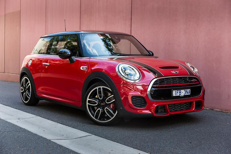 mini john cooper works  review motoringcomau