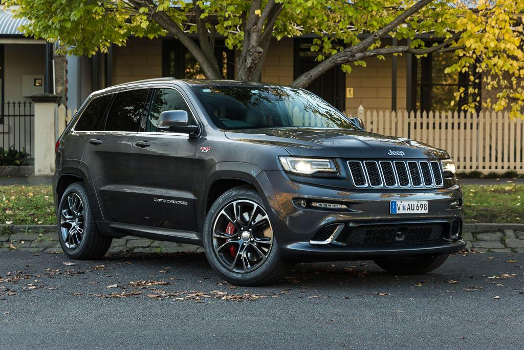 jeep grand cherokee srt 2016 review. Black Bedroom Furniture Sets. Home Design Ideas