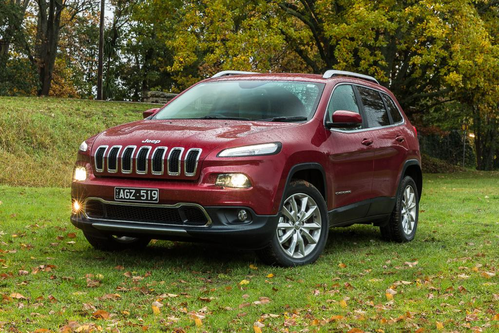 jeep cherokee 2016 review. Black Bedroom Furniture Sets. Home Design Ideas