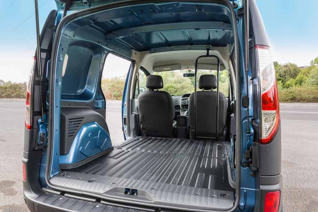 renault kangoo 2017 review. Black Bedroom Furniture Sets. Home Design Ideas
