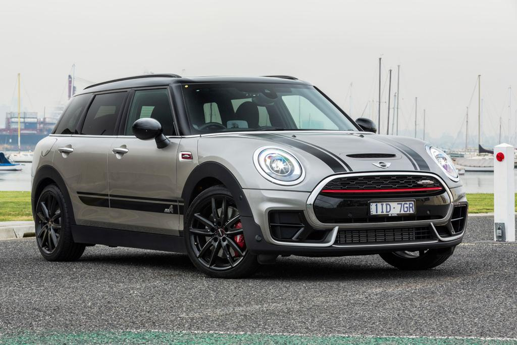 mini jcw clubman 2017 review. Black Bedroom Furniture Sets. Home Design Ideas