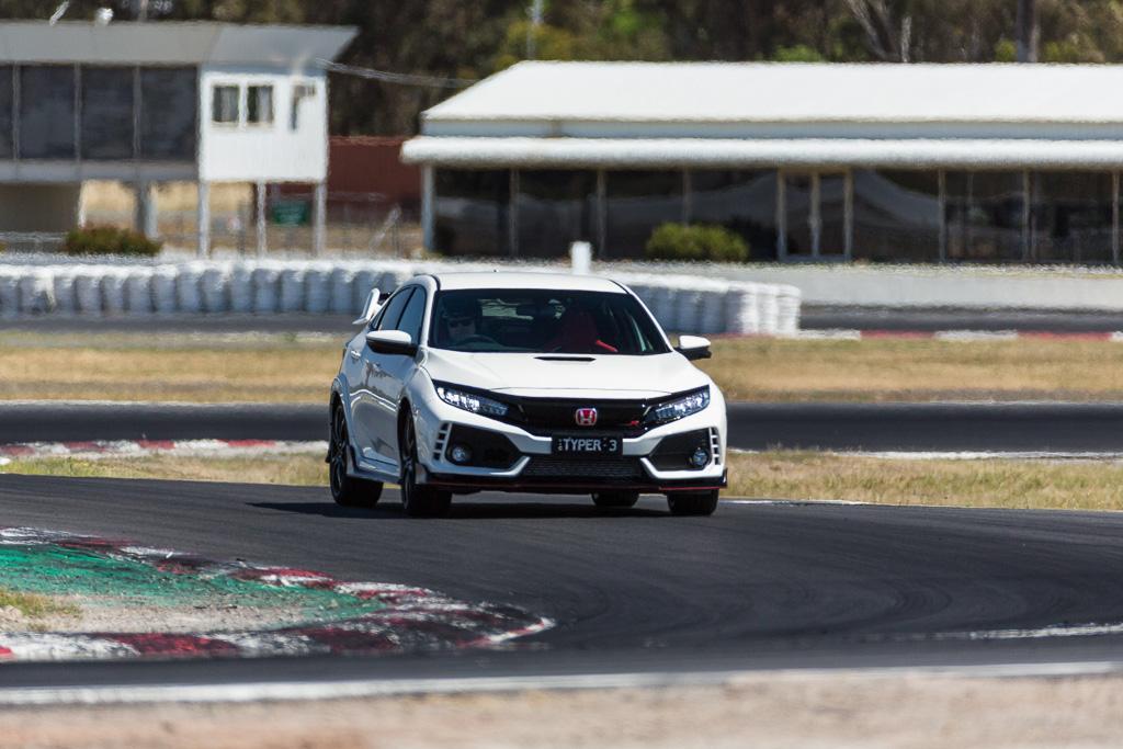Ford Focus Rs V Honda Civic Type R V Volkswagen Golf Gti