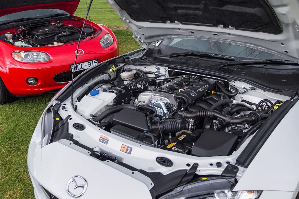 Mazda MX-5 Hardtop: Old & New Review - motoring.com.au