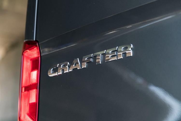 Volkswagen Crafter 2019 Review - motoring com au