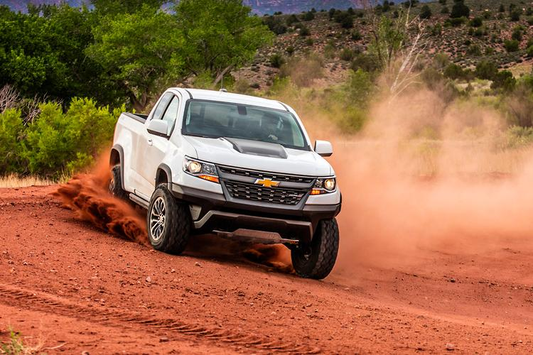 chevrolet colorado zr2 2017 review. Black Bedroom Furniture Sets. Home Design Ideas