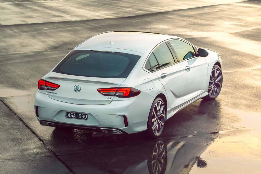 Holden Commodore VXR 2018 Review - motoring com au