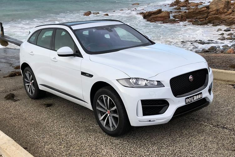 jaguar f pace 2018 review. Black Bedroom Furniture Sets. Home Design Ideas