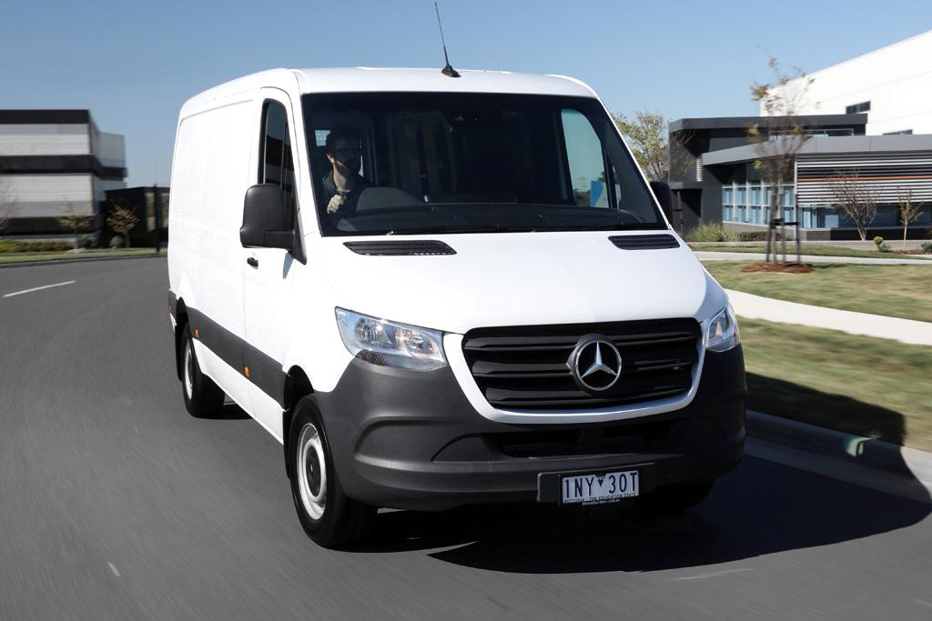 Mercedes Benz Sprinter 2018 Review