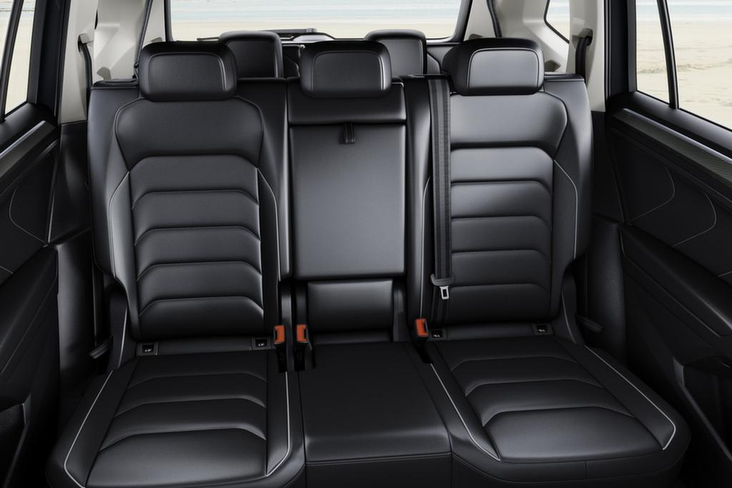 volkswagen tiguan allspace 2018 review. Black Bedroom Furniture Sets. Home Design Ideas