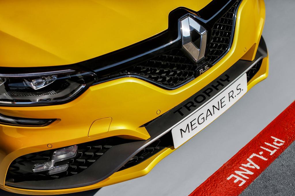 renault megane rs trophy unveiled - motoring.au