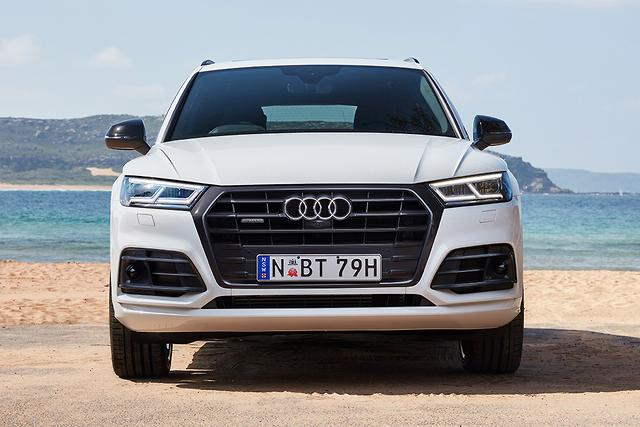 as well as the kit mentioned above the audi sq5 black edition 108 200 brings a bang olufsen 3d audio system to the table along with a head up display
