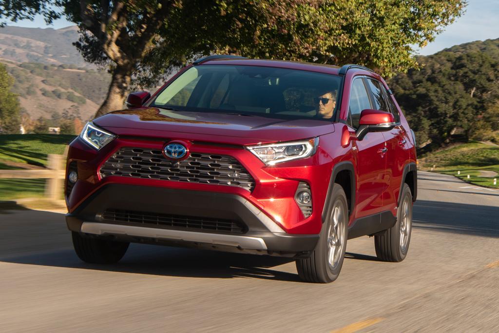 Toyota RAV4 Hybrid 2019 Review — International - motoring.com.au