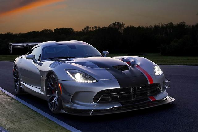 Viper fans to fund Nurburgring record attempt - motoring com au