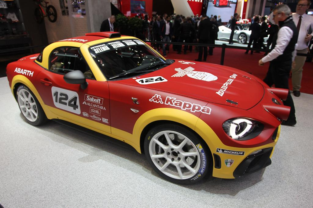 geneva motor show abarth returns to rally with spider. Black Bedroom Furniture Sets. Home Design Ideas