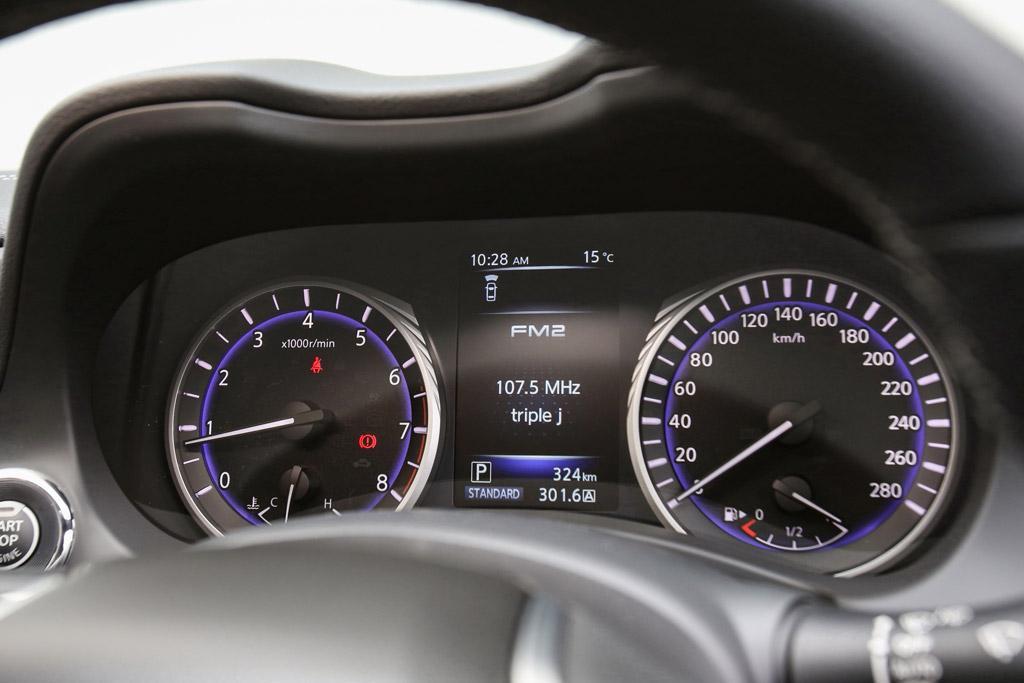 Infiniti Q60 GT 2017 Review - motoring com au