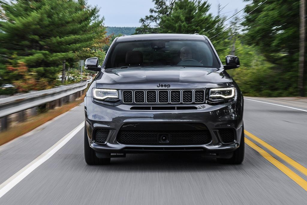 Jeep Grand Cherokee Trackhawk 2017 Review - motoring.com.au
