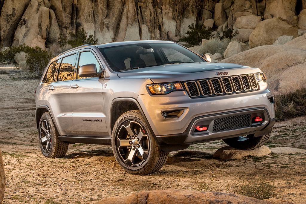 jeep reveals facelifted grand cherokee price and spec. Black Bedroom Furniture Sets. Home Design Ideas
