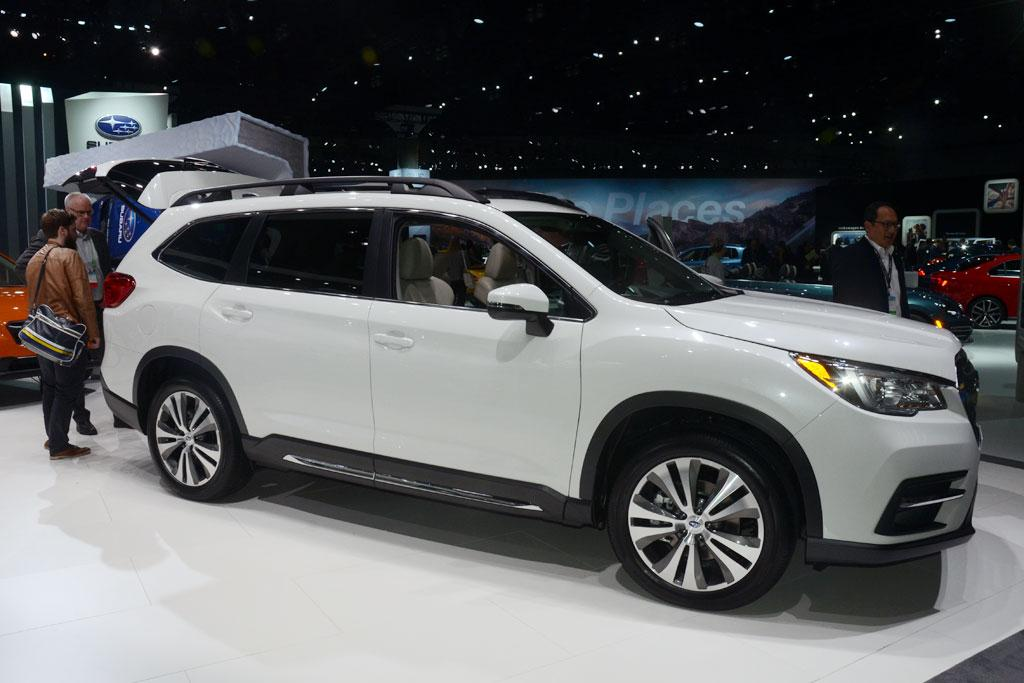 la motor show subaru lands flagship suv. Black Bedroom Furniture Sets. Home Design Ideas