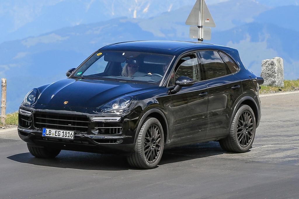 Next Generation Porsche Cayenne Will Migrate To Vw S Mlb Platform