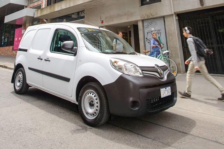 renault kangoo gets new turbo petrol engine. Black Bedroom Furniture Sets. Home Design Ideas