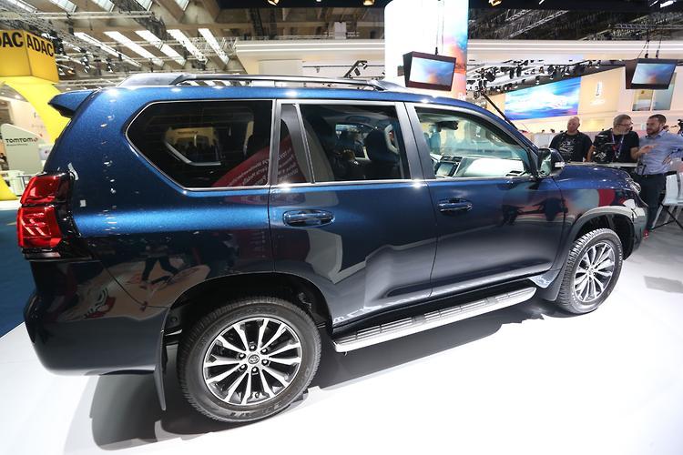 Five best things about Toyota's 2018 Prado - motoring com au