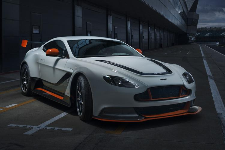 aston martin    vantage   year manual