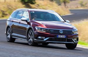 Volkswagen Alltrack Wolfsburg 2017 Review