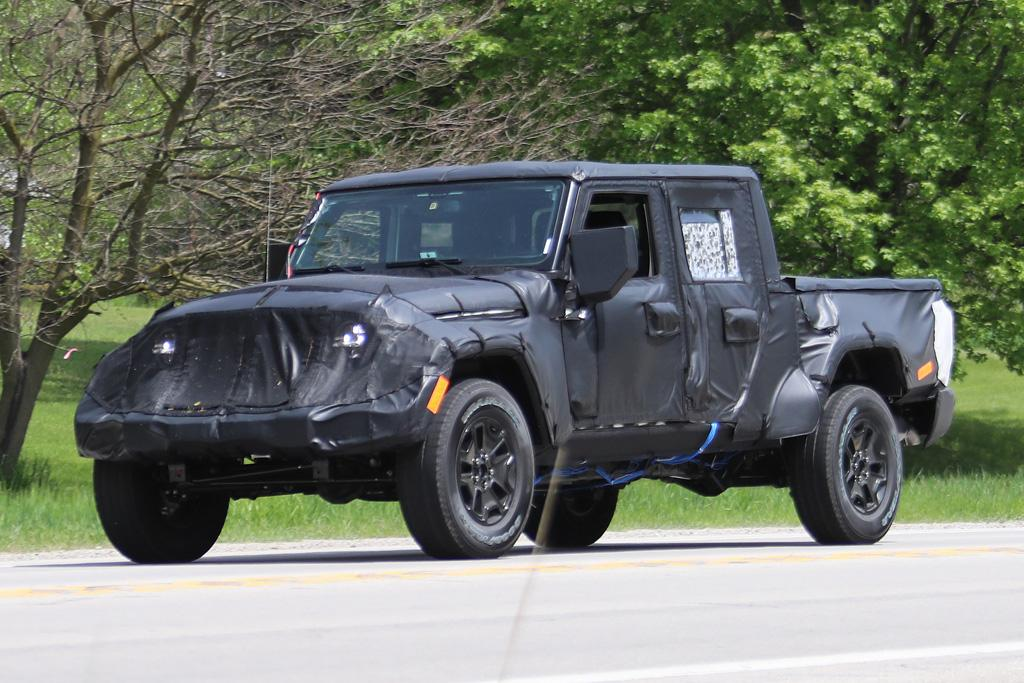 spy pics jeep wrangler ute. Black Bedroom Furniture Sets. Home Design Ideas