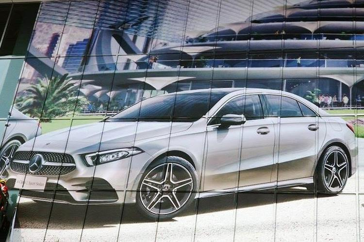 Mercedes showed a compact sedan on the basis of A-Class