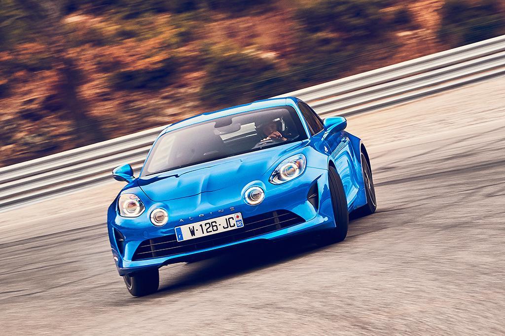 Alpine-Renault - motoring.com.au