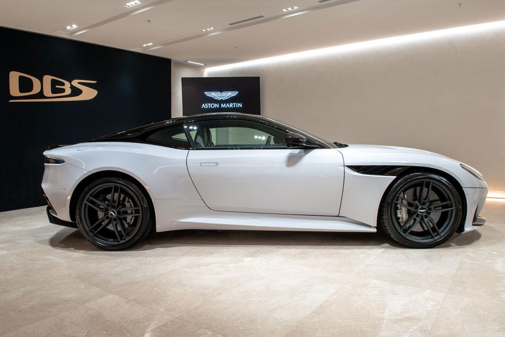 How Much Is A Aston Martin Vanquish Aston Martin Vanquish S - How much is aston martin