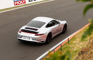 Porsche 911 GT2 RS 2018 Video Review - motoring com au