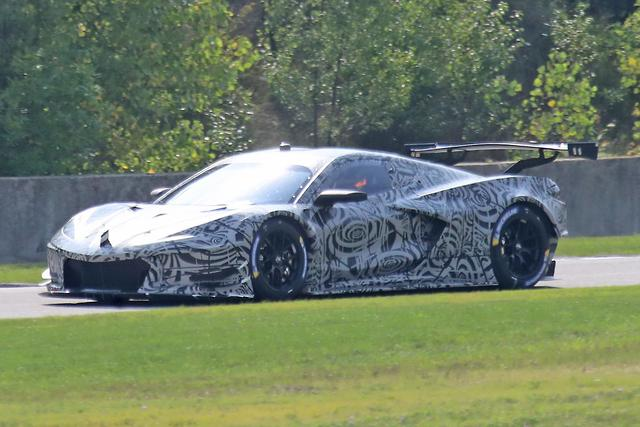 Spy Pics Mid Engined C8 Chevrolet Corvette Races In Motoring Com Au