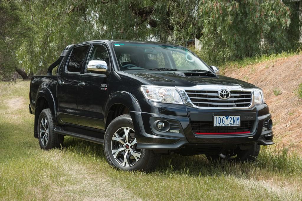Toyota HiLux SR5 Black 2014: Video Review - motoring com au