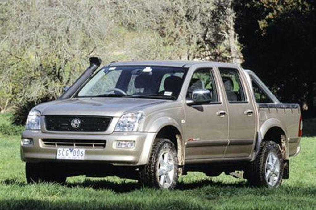 Holden Rodeo 4x4 LT & 4x2 LX - motoring com au