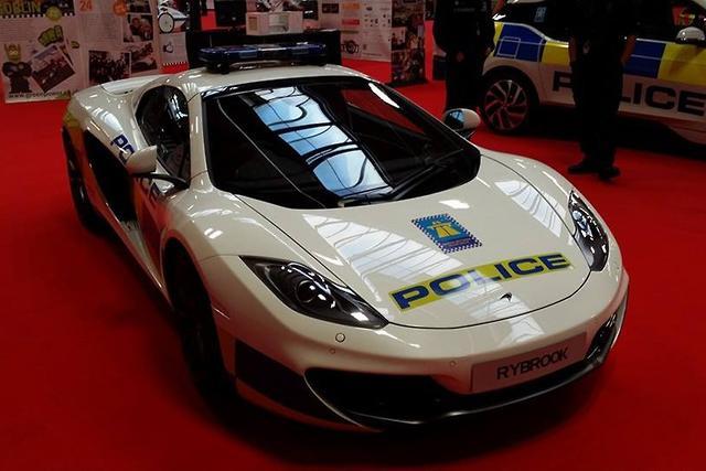 mclaren 12c spider police car - motoring.au