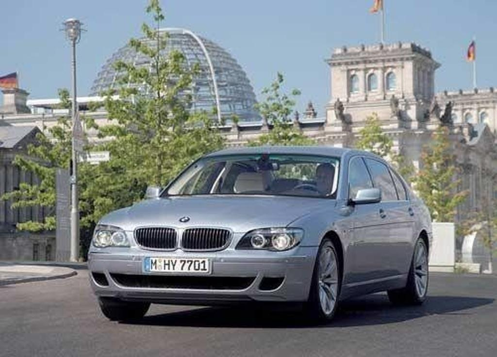 Emission-free BMW comes Down Under - motoring.com.au