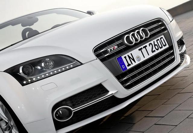 Audi Tt Gets Mid Life Facelift Motoring