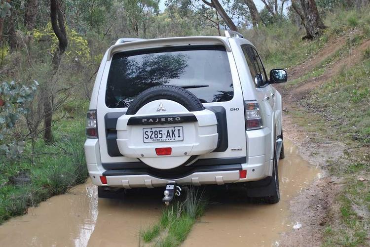 Mitsubishi NT Pajero Exceed - motoring com au