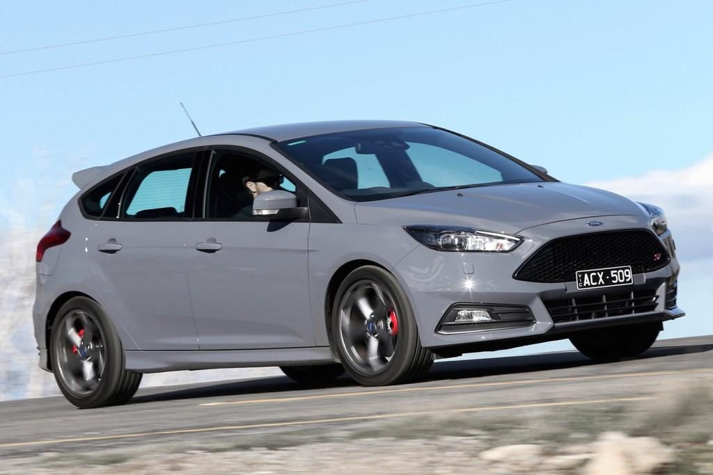 ford focus st 2015 review
