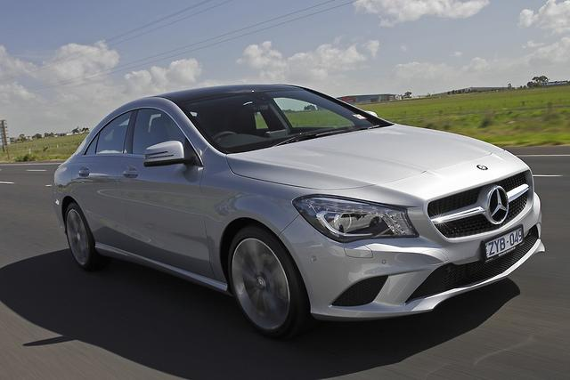 Mercedes benz cla 200 first drive for Barrier mercedes benz