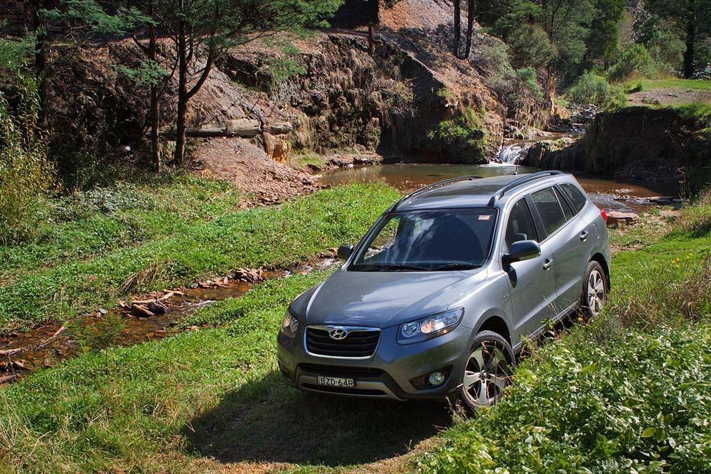 Hyundai Santa Fe Offroad Pics Motoring Com Au