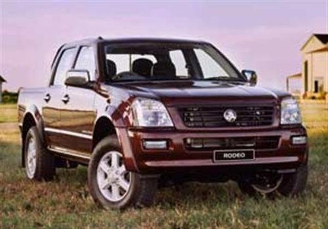 V6 Crew Cabs: Holden Rodeo LT 4x2 3 5 - motoring com au