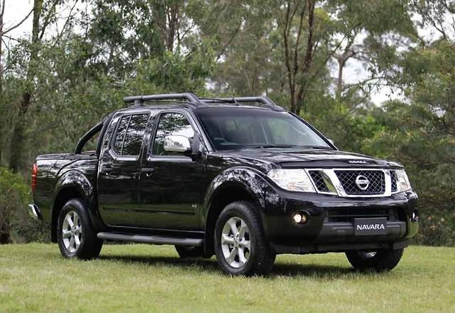 nissan navara st x 550. Black Bedroom Furniture Sets. Home Design Ideas