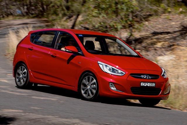 Hyundai Accent Reviews >> Hyundai Accent Sr 2014 Review Motoring Com Au