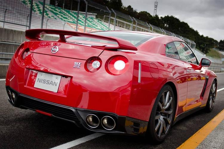 2013 Nissan GT R For $172,000