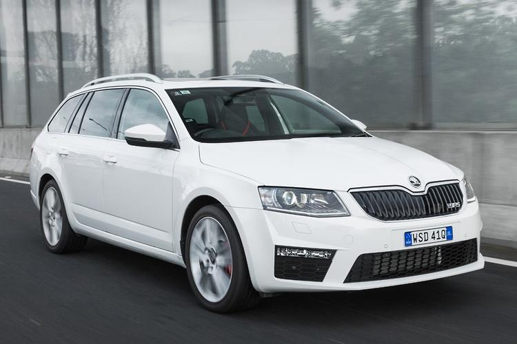 skoda octavia rs 2014 review. Black Bedroom Furniture Sets. Home Design Ideas