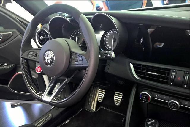Alfa Romeo Giulia Interior >> Alfa Romeo Giulia Interior Leaked Mainstream Version Spied