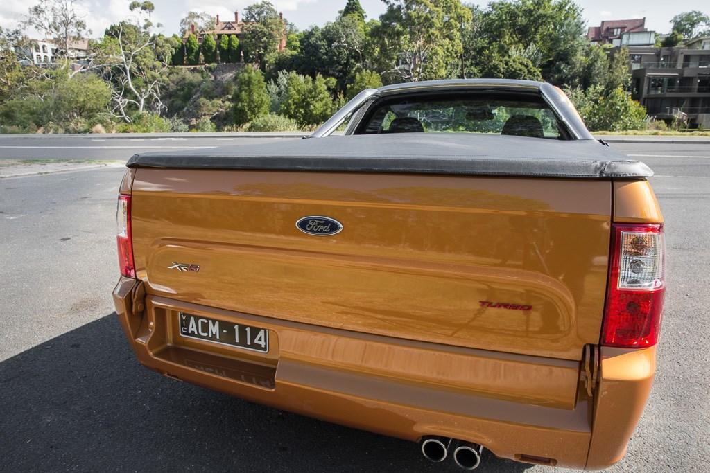 Ford Falcon XR6 Turbo Ute 2015 Review - motoring com au